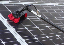 Panel Solar Cleaning