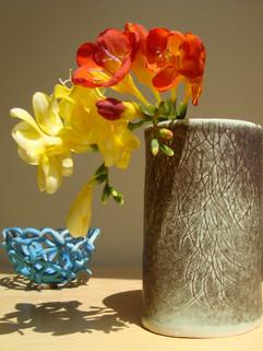 vase, med high, wide, green-gray (2).JPG