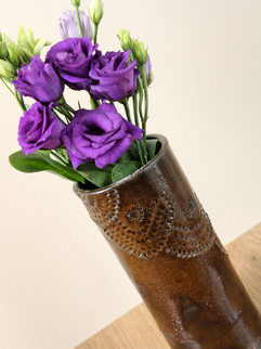 Intricate series vase, Tenmoku, Black St