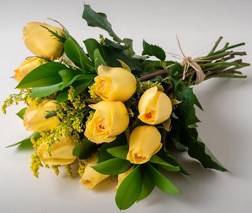 Buquê de 15 rosas amarelas
