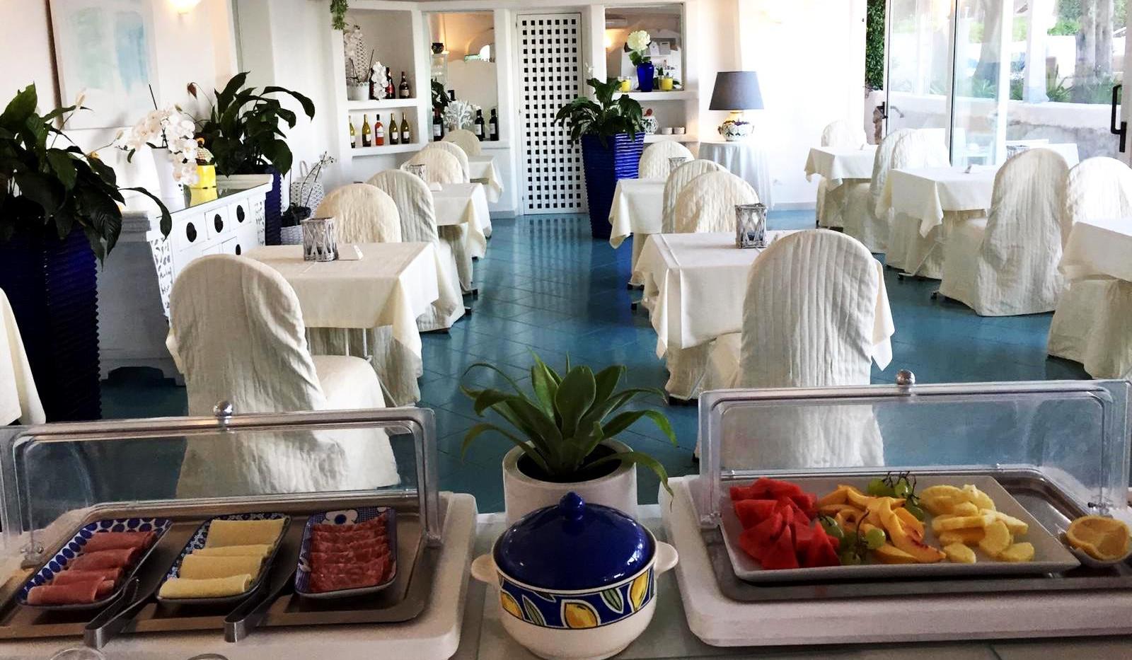 breakfast at paradiso garden 2.jpg
