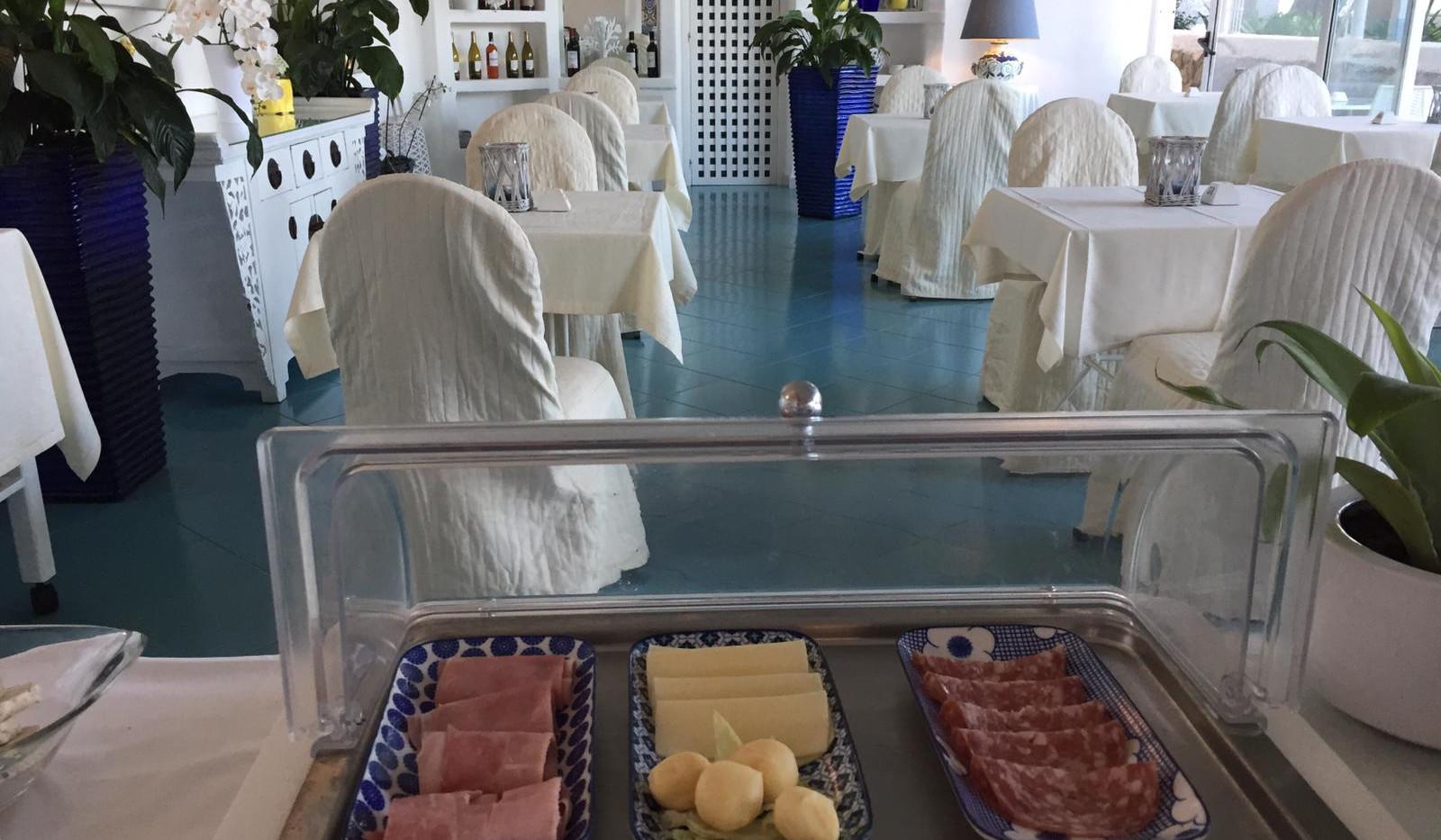 breakfast at paradiso garden 10.jpg