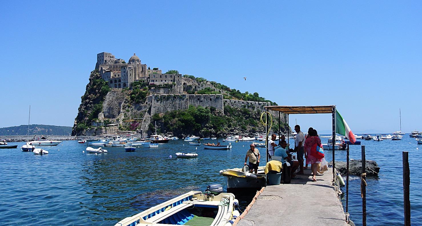 Il Castello Aragonese