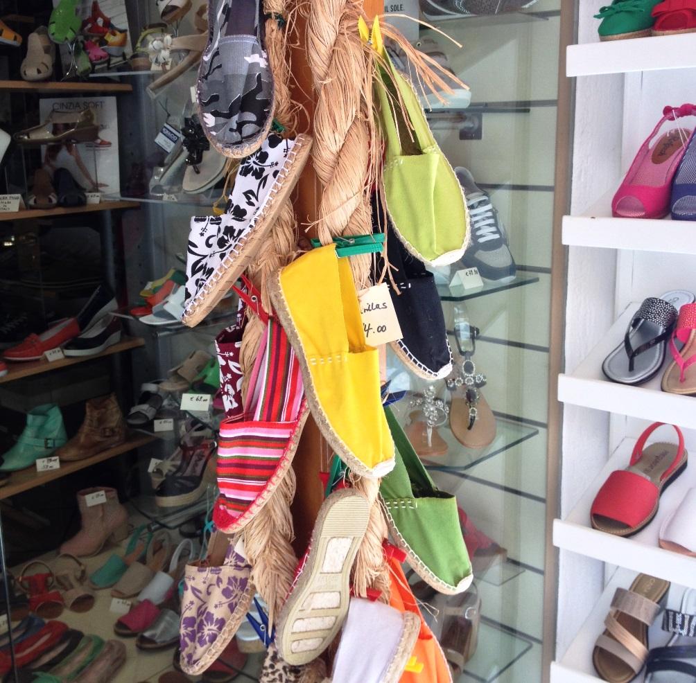 Shopping ad Ischia