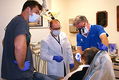 Dental%20Clinic%201_edited.jpg