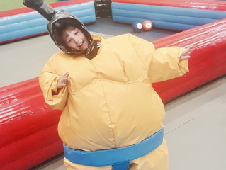 Sumo suits for hire - London sumo suit hire