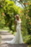 Astrid komt bij u aan huis en verzorgt het bruidskapsel en visagie. Astrid komt bij u  aan huis en zorgt voor de juiste look. Tevens verzorgt ze ook de visagie. Barendrecht, Dodrecht, Zwijndrecht, 's-Gravendeel, Strijen, Puttershoek, Numansdorp, Klaaswaal