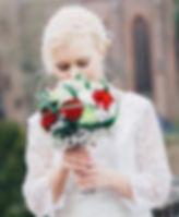 Astrid komt bij u  aan huis en zorgt voor de juiste look. Tevens verzorgt ze ook de visagie. Barendrecht, Dodrecht, Zwijndrecht, 's-Gravendeel, Strijen, Puttershoek, Numansdorp, Maasdam, Rhoon, Mijnsheerenland, Zuid-Beijerland, Strijensas, Heinenoord