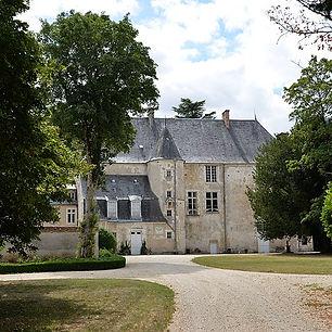 pa18000039-chateau-brecy.jpg