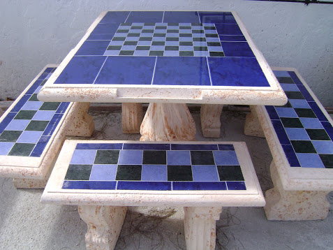 Square table W/4 benches