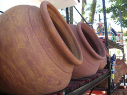 Spanish pots that lay on its sides
