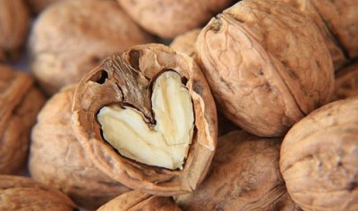 Diabete? Le noci possono ridurre il rischio cardiovascolare