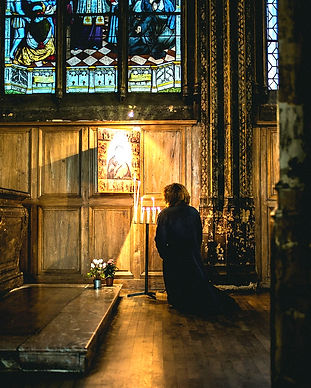 pray-1209235_1920_edited_edited.jpg