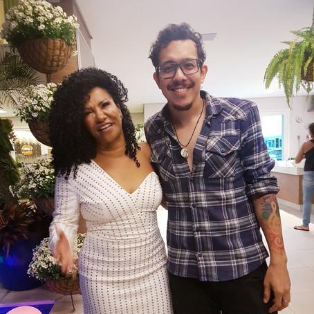O dia em que cantei no aniversário da fundadora do Instituto Beleza Natural (Zica Assis) - Cantor RJ