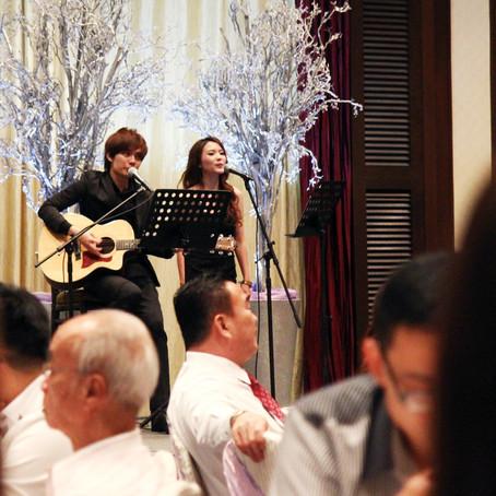 Música ao vivo para a sua festa! Voz e violão ou cantor para casamento no RJ