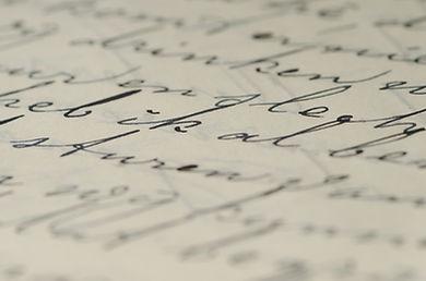 Services de rédaction, de révision et d'édition