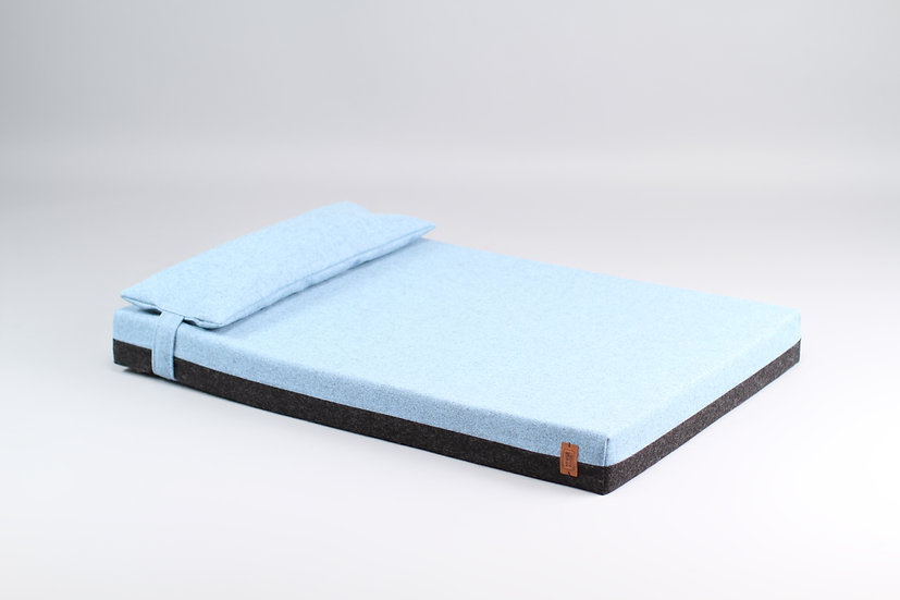 2-sided! Wool upholstered, orthopedic dog bed. Dark grey and light blue