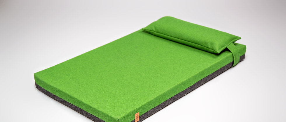 2-sided! Wool upholstered, orthopedic dog bed. Dark grey and green