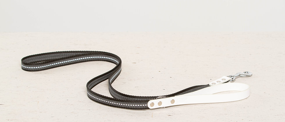 Reflective, rubber covered white leather dog leash, nickel