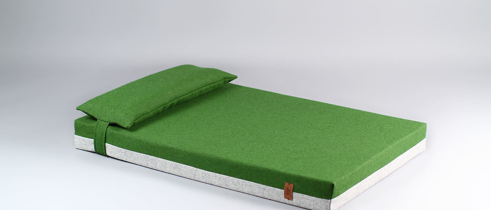 2-sided! Wool upholstered, orthopedic dog bed. Light grey and green