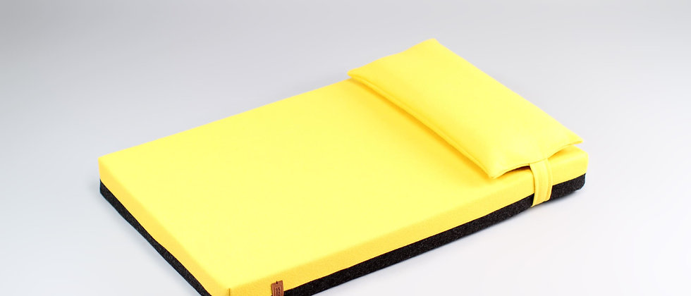 2-sided! Wool upholstered, orthopedic dog bed. Dark grey and yellow