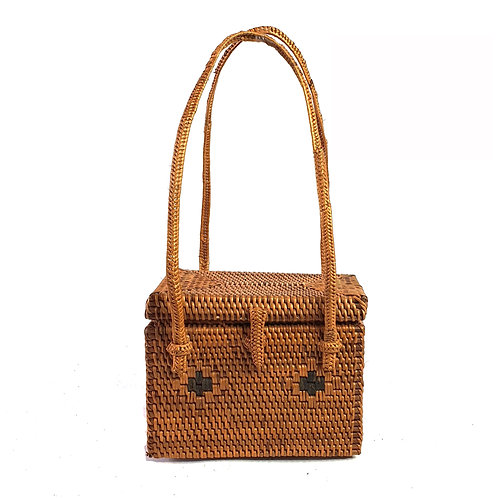 Rattan Bag Natural in square with thin handle and bag cover