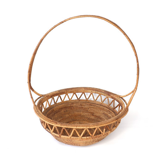Rattan Fruits tray with handle and weaving