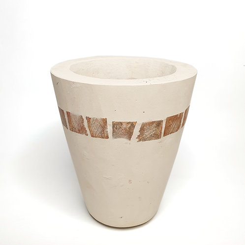 Striped white Pot
