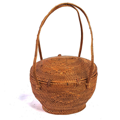 Rattan Bag Natural in round with thin handle and bag cover