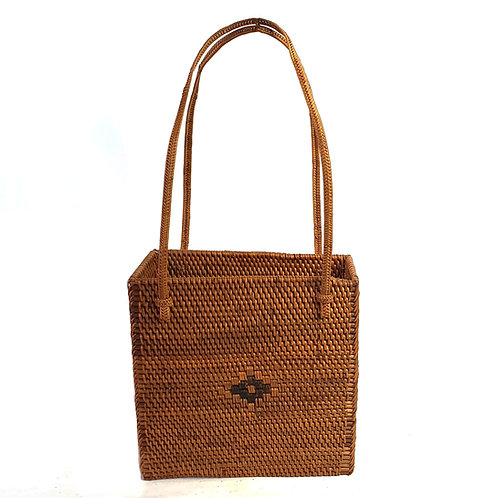 Rattan Bag Natural in rectangle with thin handle and pattern
