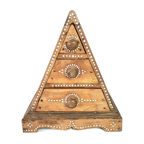 Wooden jewelry box triangle