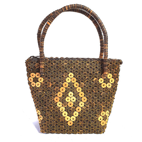Wood bag with prism pattern