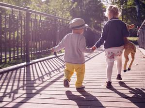 รู้ได้อย่างไรว่าลูกแค่ซนไปตามวัยหรือกลายโรคสมาธิสั้นในเด็กไปแล้ว