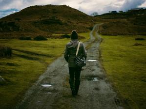 4 วิธีตอบคำถามจะก้าวข้ามความเจ็บปวดได้อย่างไร