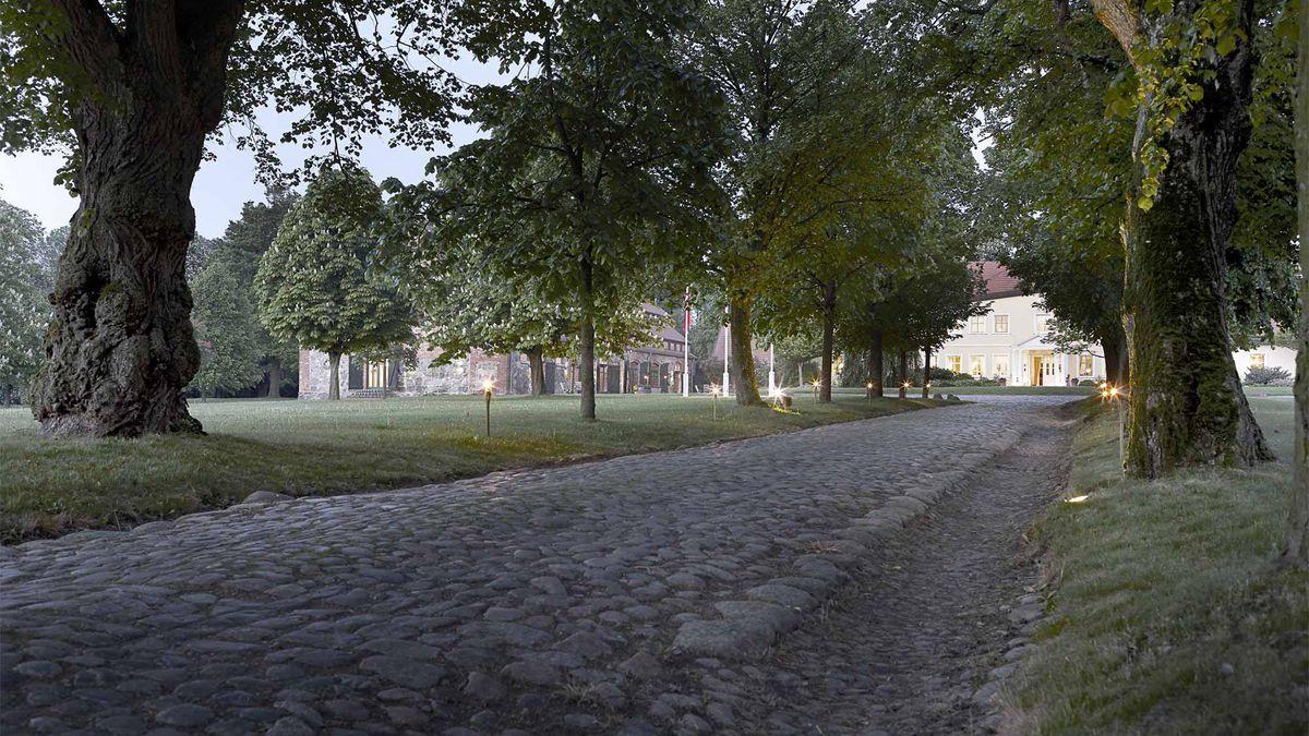 Zufahrt zum Gutshaus Stolpe