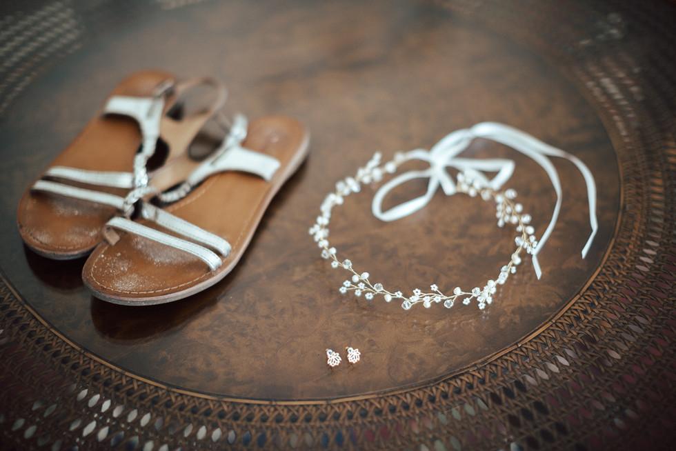 Brautschuhe und Brautschmuck