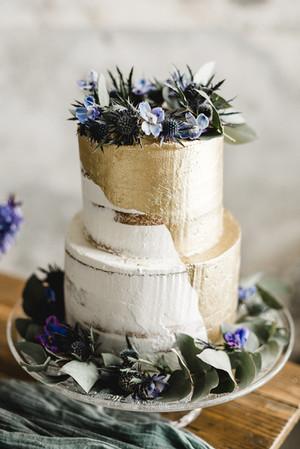 Hochzeitstorte gold und blau