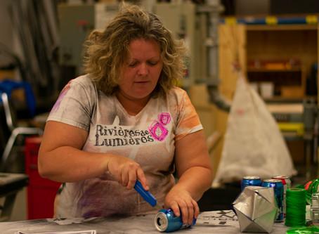Nicole Raymond voit la vie en lanternes