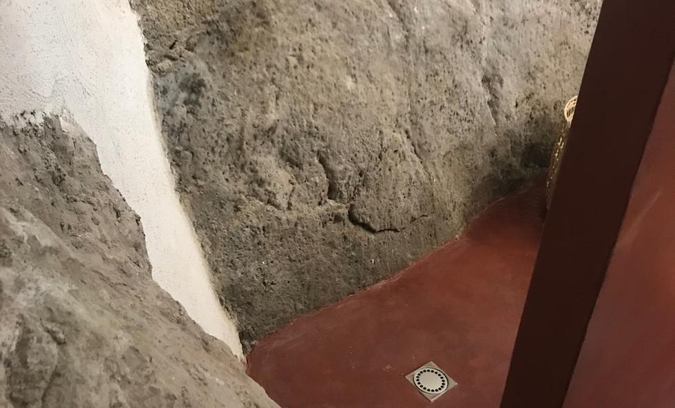 Vue du sol de la douche