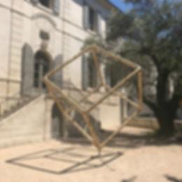 Le Cube d'or Maison du parc régional des alpilles - St Remy de Provence