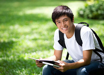 hero-ivy-league-college-student-male-rea