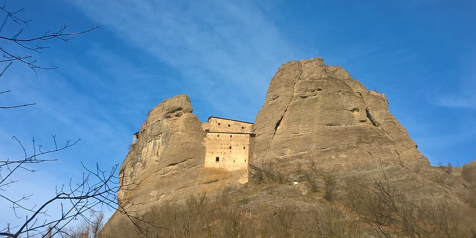 Luoghi del mistero. Il Castello della Pietra e la Valle dei Campassi