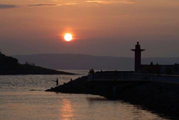 'Sunset Fishing' by Julian Maitland ( 9 marks )