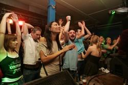 Hands up ! NRFTW