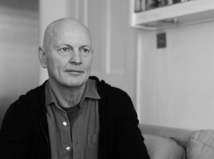 Richard Lewis Therapist