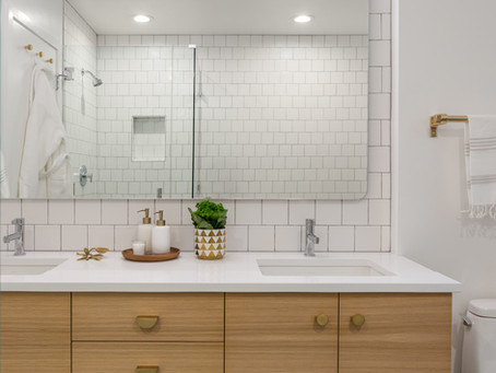 REVEAL: Bridlemile Midcentury Bathroom Overhaul!