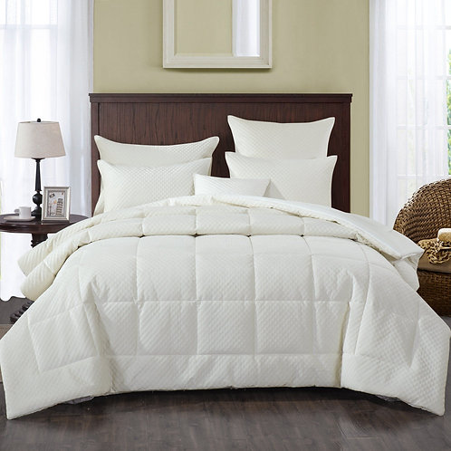 Soft Velvet  White Plush 3D Pattern Comforter Set
