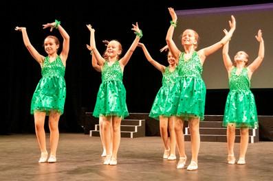 Grade 3 Ballet at the Summer Show 2019 r