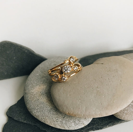 18ct Gold Willow Ring