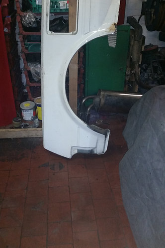 Toyota MR2 MK1 right hand rear arch 1/4